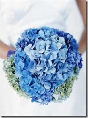 wedding-hydrangea-bouquet-blue